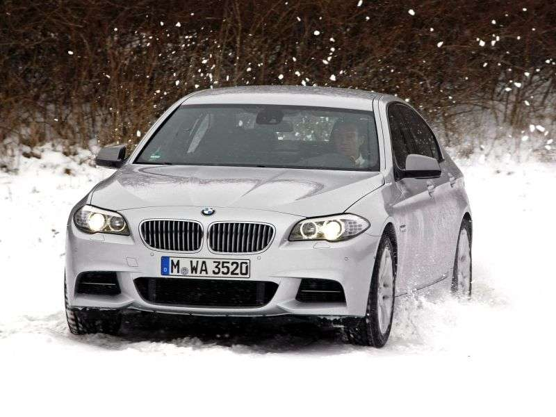 BMW 5 Series F10 / F11sedan 530d xDrive AT Luxury. Local Assembly (2010 – present)