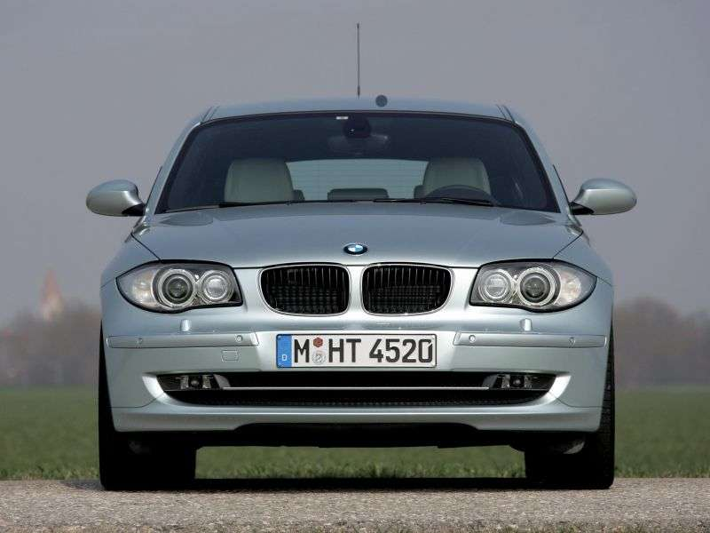 BMW 1 Series E81 / E82 / E87 / E88 [restyling] 5 door hatchback 118d MT (2007–2008)