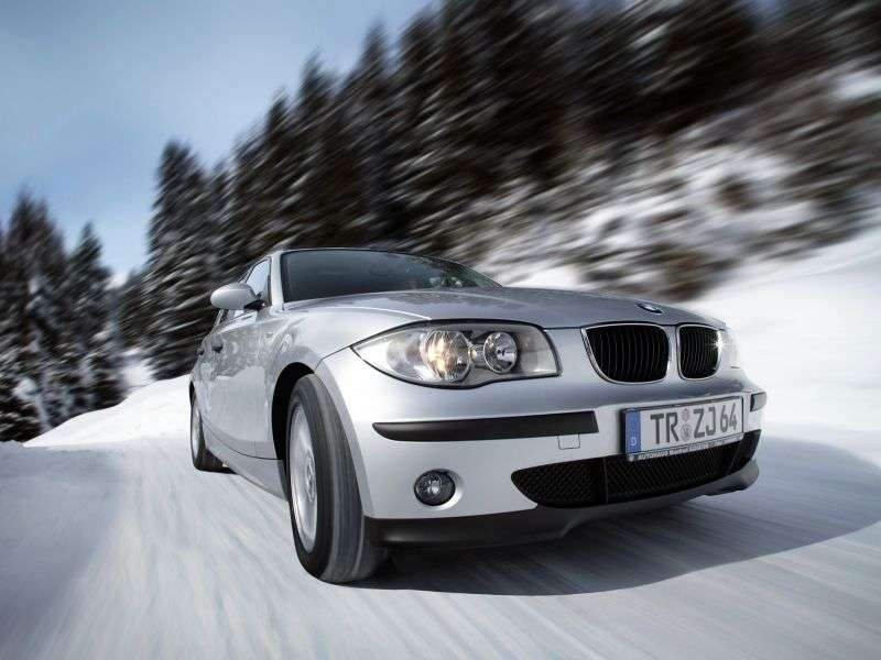 BMW 1 Series E87 Hitchback 120i AT (2004–2007)