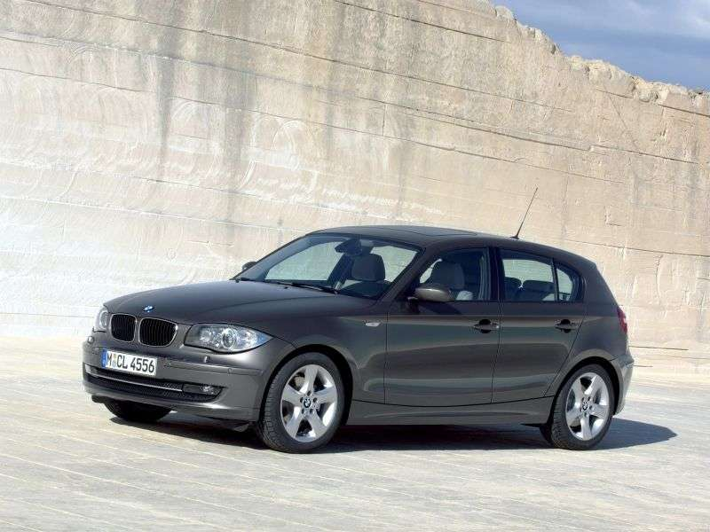 BMW 1 Series E81 / E82 / E87 / E88 [restyling] 5 door hatchback 120i MT (2009–2011)