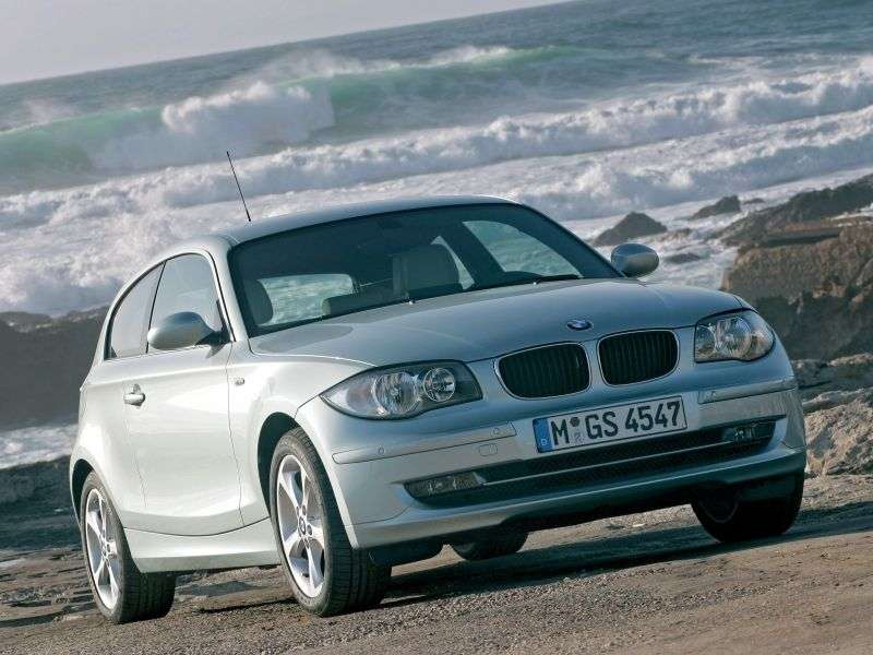 BMW 1 Series E81 / E82 / E87 / E88 [restyling] 3 bit hatchback 118i MT Basic (2007–2012)