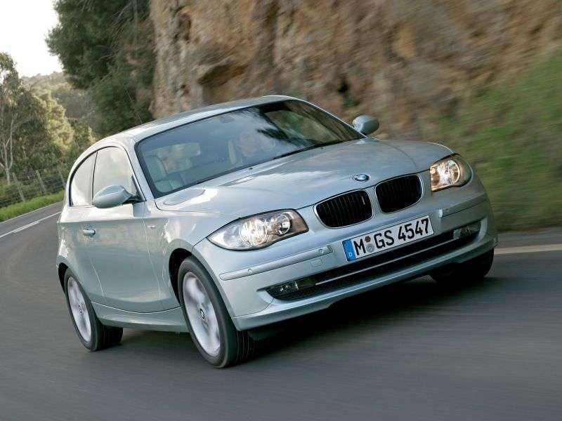 BMW 1 Series E81 / E82 / E87 / E88 [restyling] 3 bit hatchback 120d AT (2010–2012)