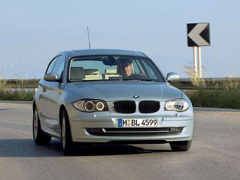 BMW 1 Series E81 / E82 / E87 / E88 [restyling] 3 bit hatchback 123d AT (2009–2010)