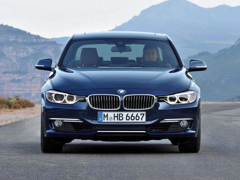 BMW 3 Series F30 / F31sedan 320i MT Sport Line (2012 – n.)