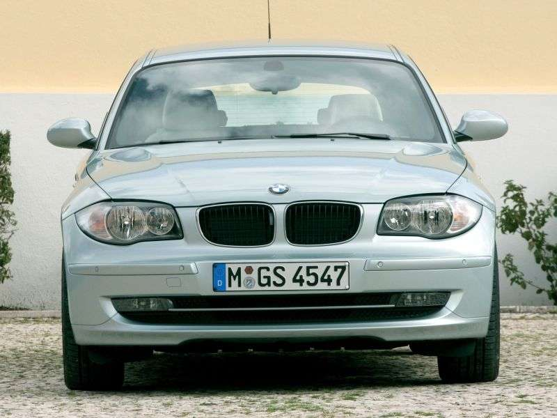 BMW 1 Series E81 / E82 / E87 / E88 [restyling] 3 bit hatchback 120d MT (2010–2012)