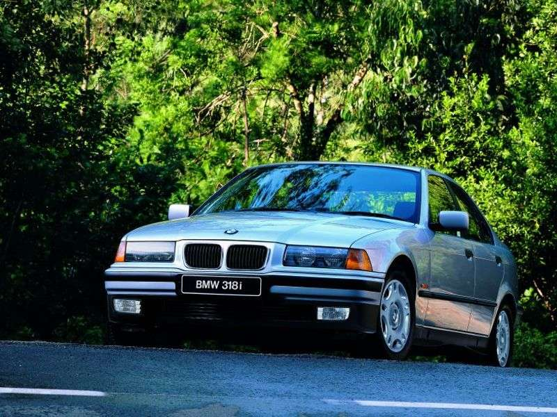 BMW 3 Series E36sedan 320i MT (1995–1998)