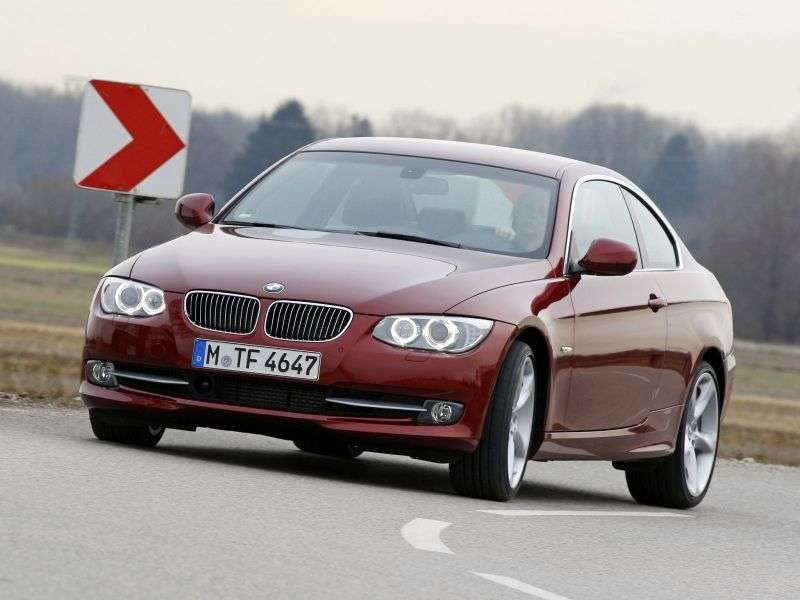 BMW 3 Series E90 / E91 / E92 / E93 [Restyling] 330d MT Coupe (2010 – n.)