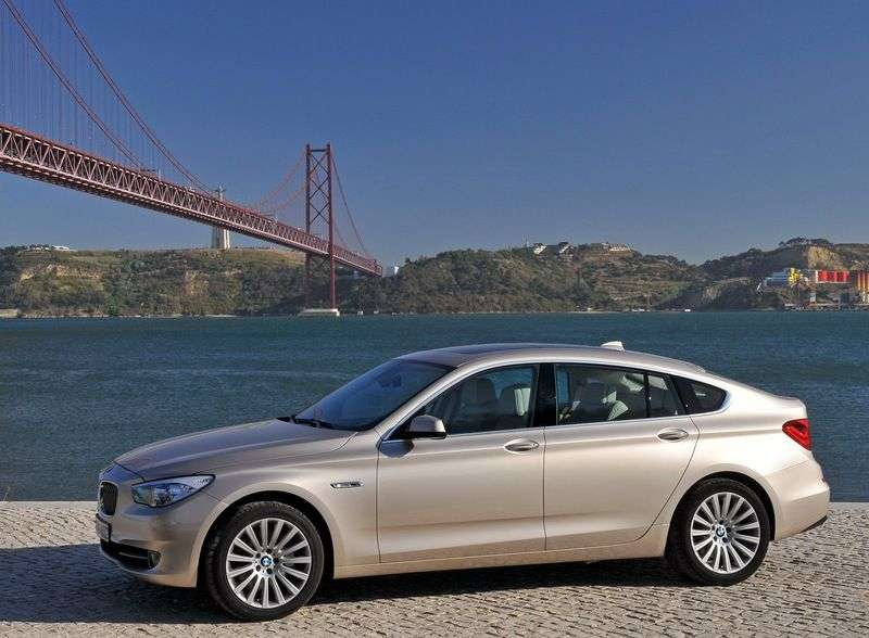 BMW 5 Series Gran Turismo F07 Hatchback 535d AT Basic (2009–2012)