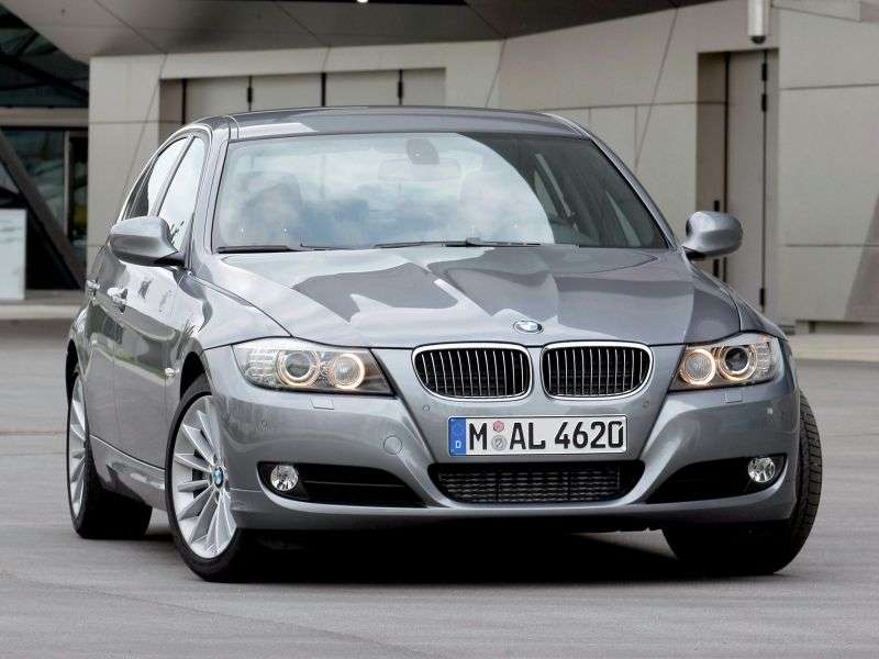 BMW 3 Series E90 / E91 / E92 / E93 [restyling] Sedan 318d MT (2008–2010)