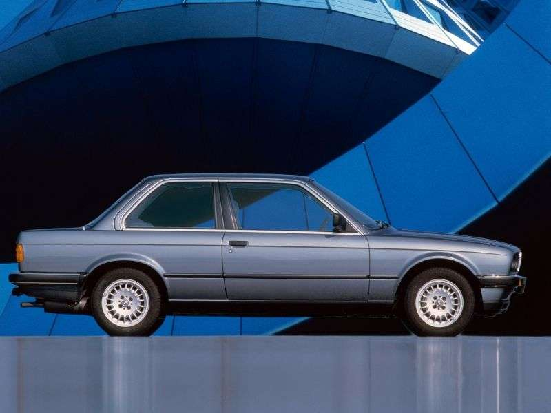 BMW 3 Series E30 [restyling] 325is MT sedan (1988–1990)