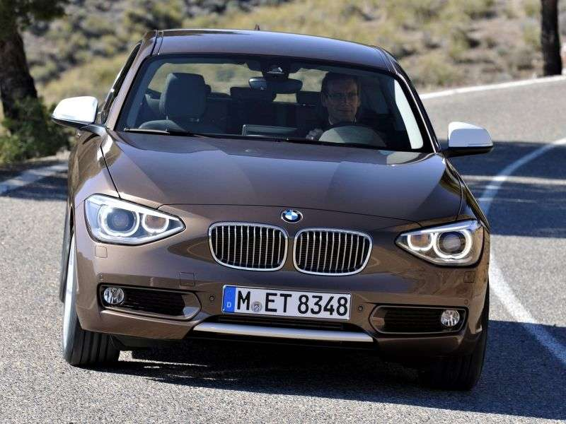 BMW 1 Series F20 / F21htchbek 3 dv. 114d MT (2012 – n. In.)
