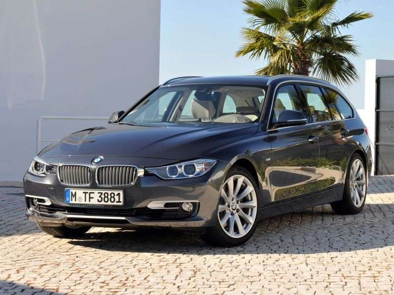 BMW 3 Series F30 / F31Touring Wagon 328i MT Luxury Line (2012 – n.)