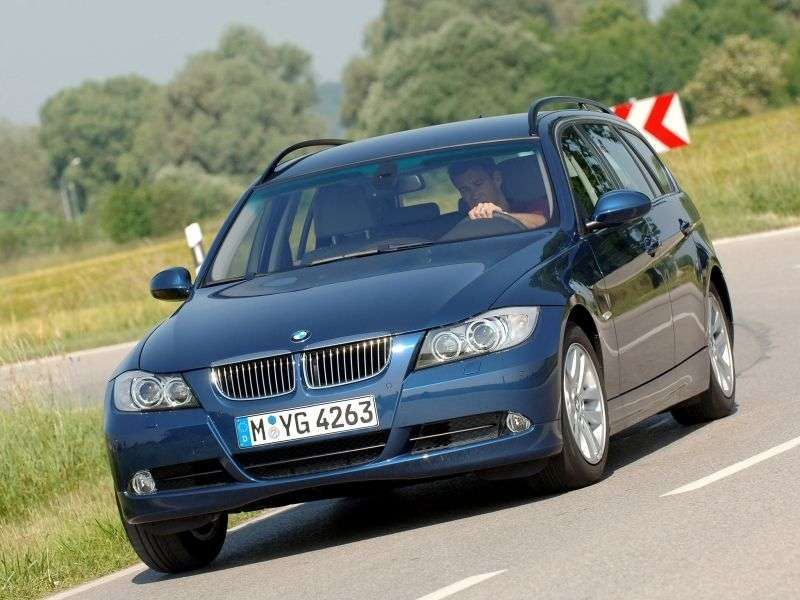 BMW 3 Series E90 / E91 / E92 / E93 Touring Wagon 320d MT (2005–2007)
