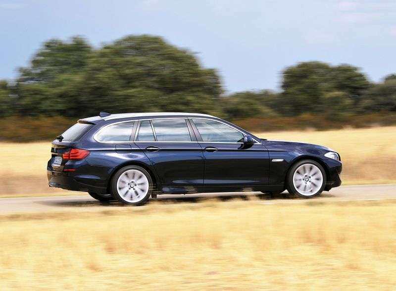 BMW 5 Series F10 / F11Touring 535d AT Touring (2011 – present)