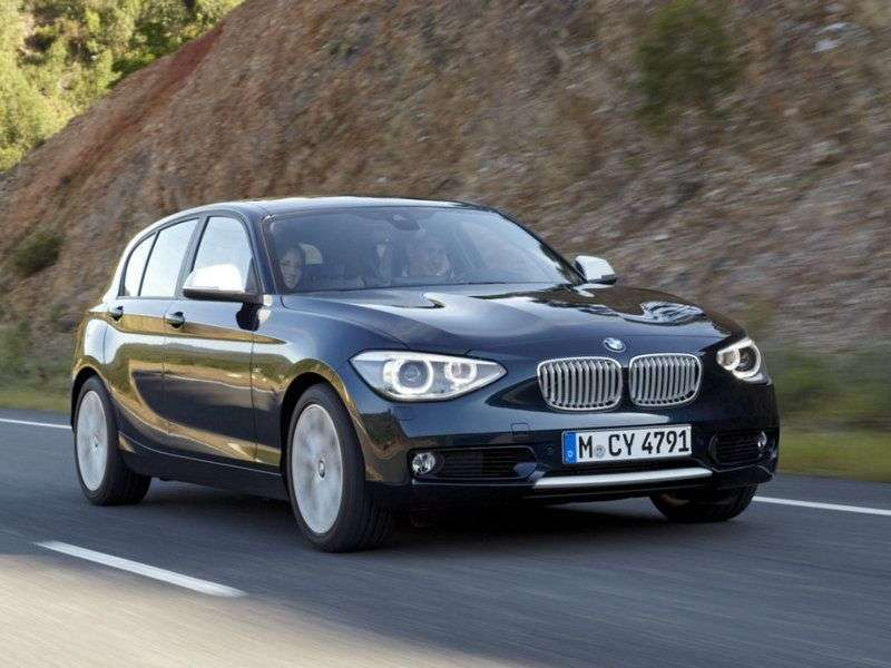 BMW 1 series F20 / F21htchbek 5 dv. 118d MT (2011 – n. In.)