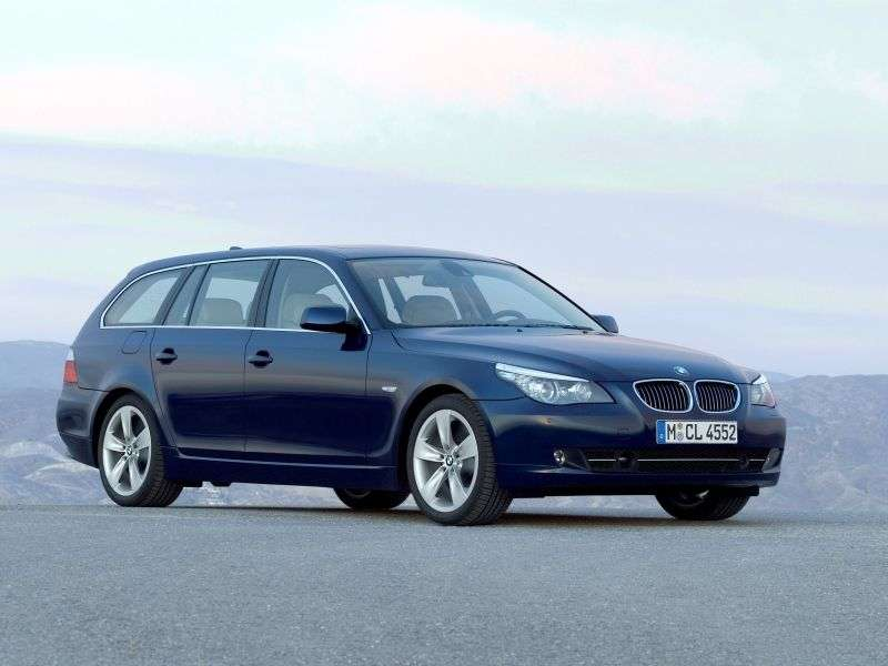 BMW 5 Series E60 / E61 [Restyling] Touring Wagon 530d MT (2007–2010)
