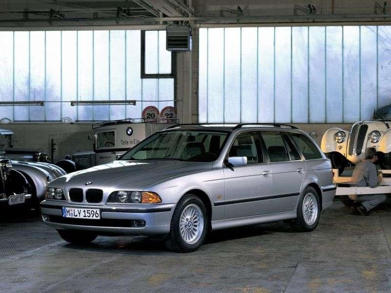 BMW 5 Series E39Touring Touring 528i AT (1998–2000)