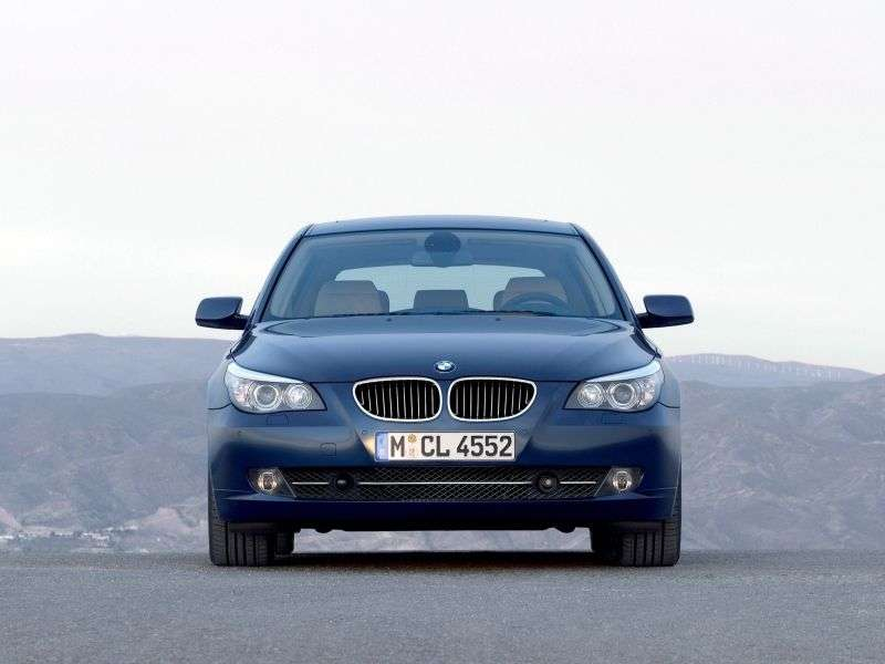 BMW 5 Series E60 / E61 [Restyling] Touring 525xd MT Touring (2007–2010)