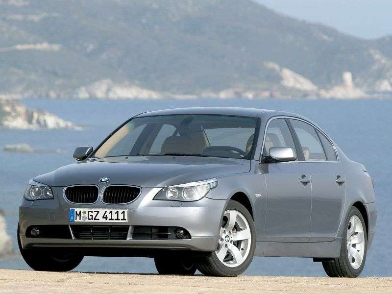 BMW serii 5 E60 / E61 sedan 530xd AT (2005 2007)