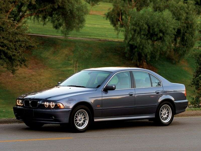 BMW 5 Series E39 [restyling] 525i MT Sedan (2000–2003)
