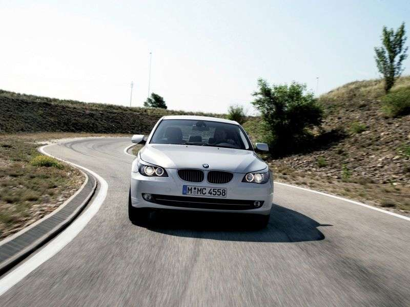 BMW 5 Series E60 / E61 [Restyling] 525i MT Sedan (2007–2010)