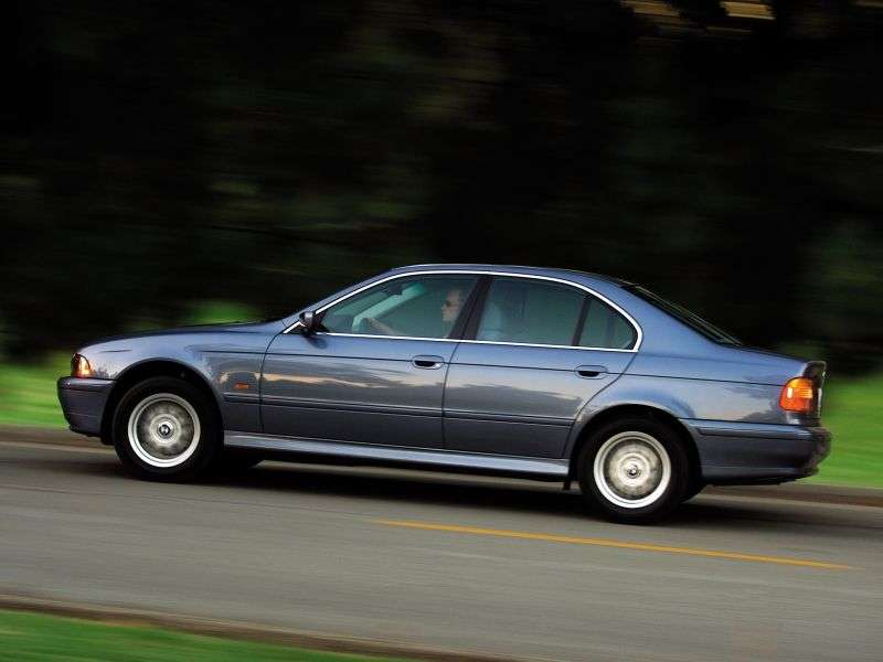 BMW 5 Series E39 [restyling] 525d MT Sedan (2000–2003)