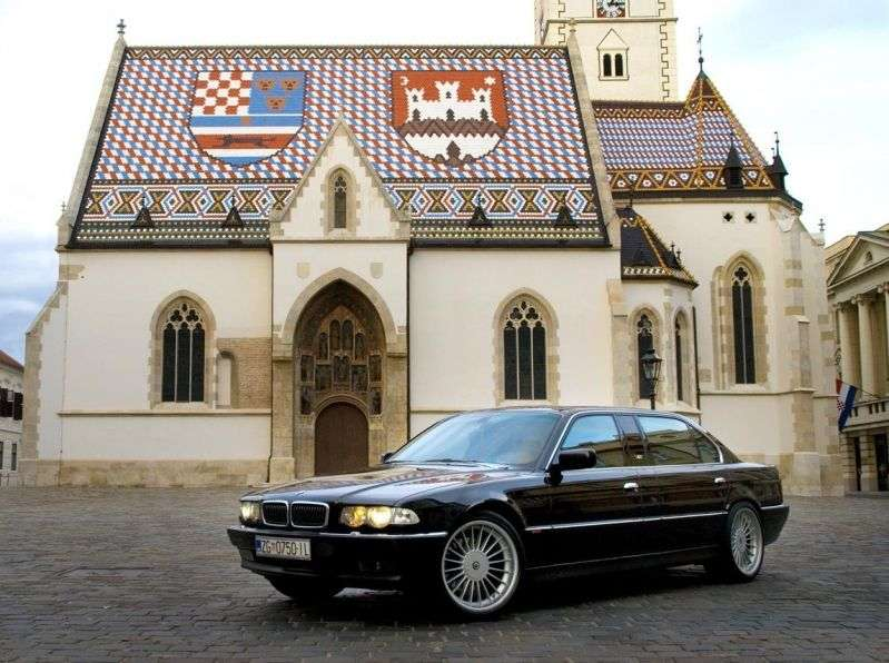 BMW 7 Series E38 [restyling] L7 4 door sedan. L7 AT (1998–2001)