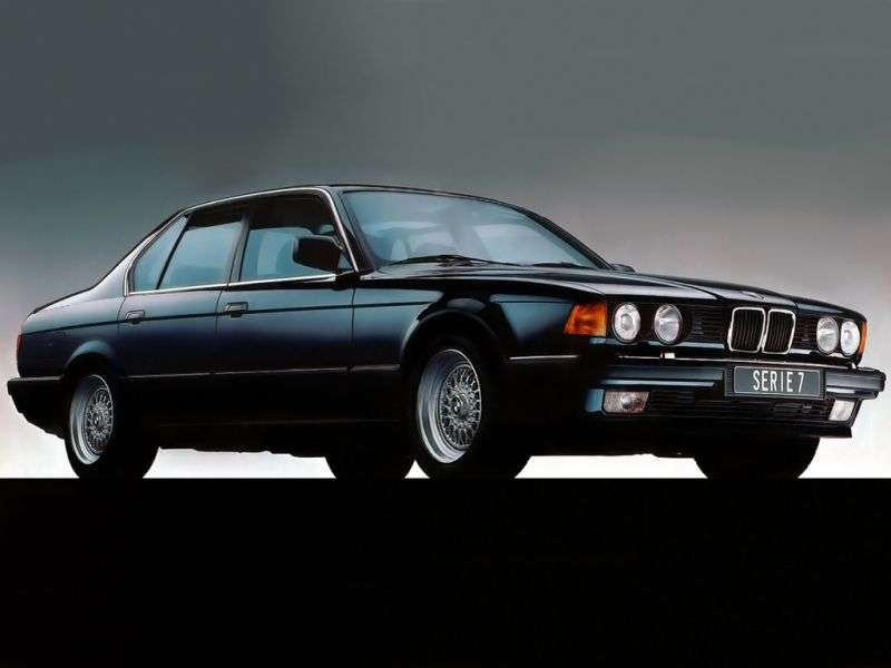 BMW 7 Series E32sedan 730i AT (1991–1994)