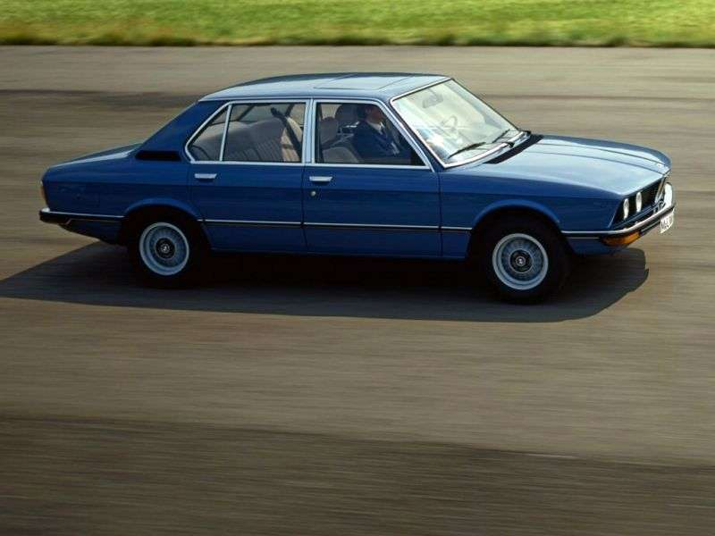 BMW 5 Series E12 [restyling] 518 AT Sedan (1977–1981)