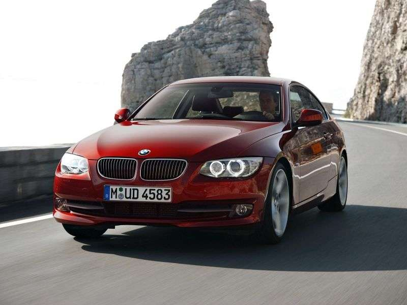 BMW 3 Series E90 / E91 / E92 / E93 [Restyling] Coupe 330d xDrive MT (2010 – AD)