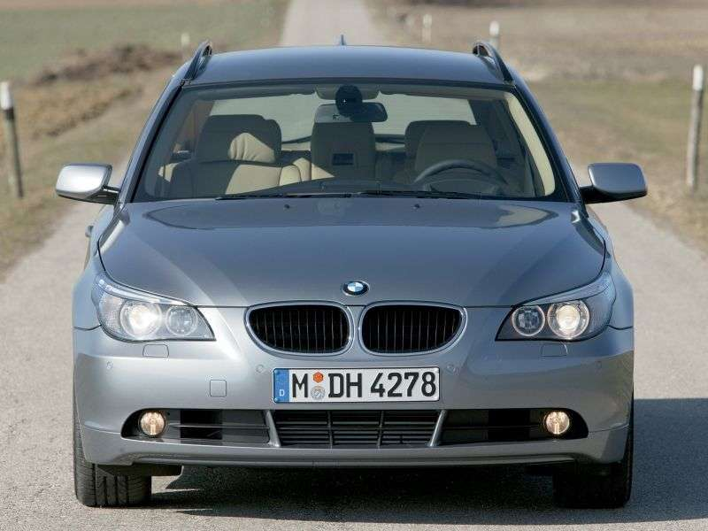 BMW 5 Series E60 / E61Touring Wagon 550i AT (2005–2007)
