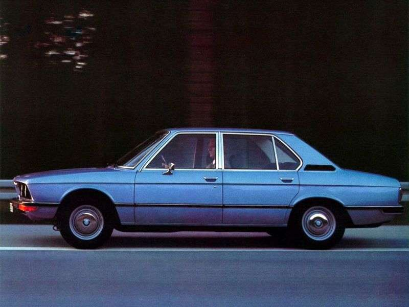 BMW 5 Series E12Sedan 520i 4MT (1972–1976)