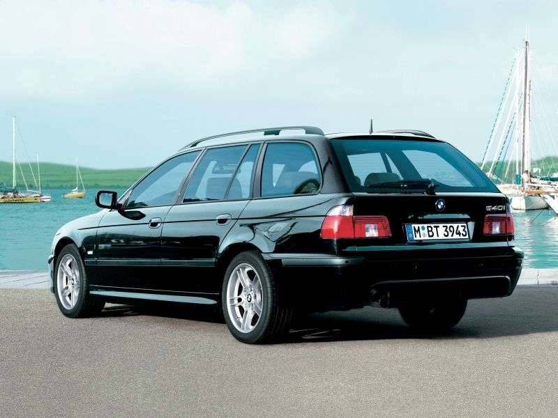 BMW 5 Series E39 [Restyled] Touring 525i MT Touring (2001–2004)