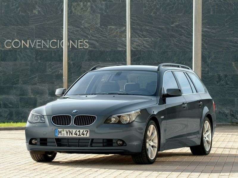 BMW 5 Series E60 / E61Touring Wagon 530xd AT (2005–2007)