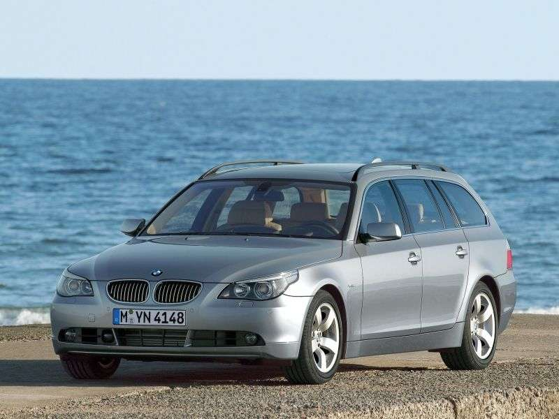 BMW 5 Series E60 / E61Touring Wagon AT 530i (2005–2007)
