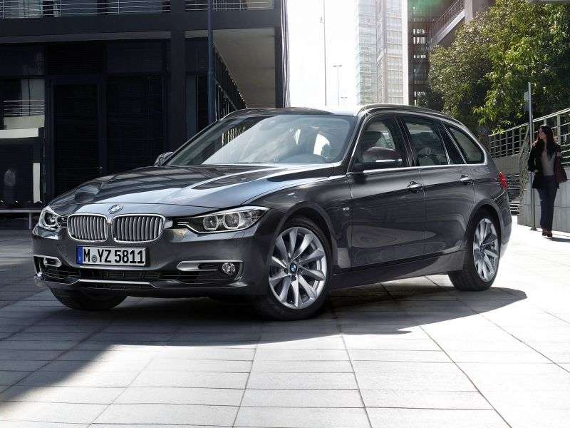 BMW 3 Series F30 / F31Touring Wagon 320d xDrive AT Luxury Line (2013 – n.)