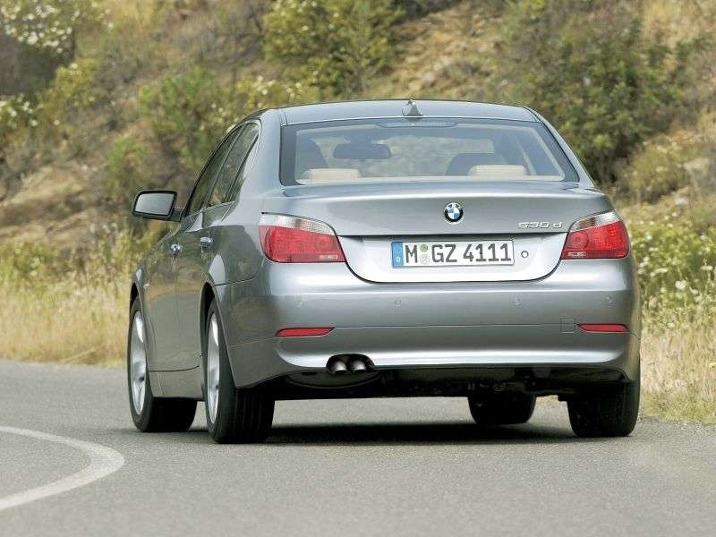 BMW 5 Series E60 / E61 525i MT (2004–2005)