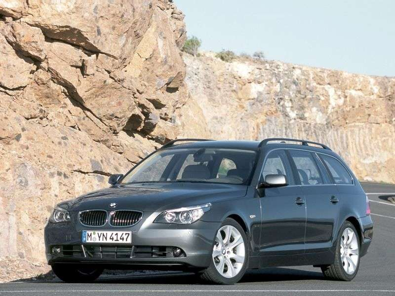 BMW 5 Series E60 / E61Touring Wagon 530d AT (2005–2007)