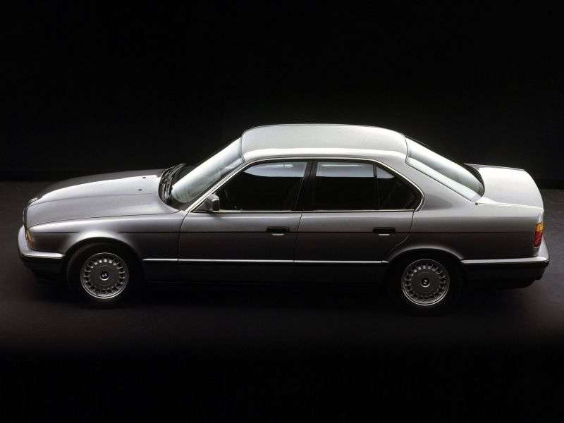 BMW 5 Series E34sedan 520i kat AT (1988–1990)