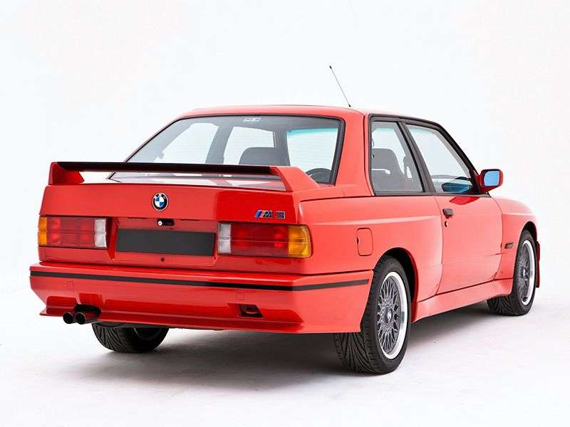 BMW M Series E30 3 Series Coupe 2.3 MT Evolution II (1988–1991)