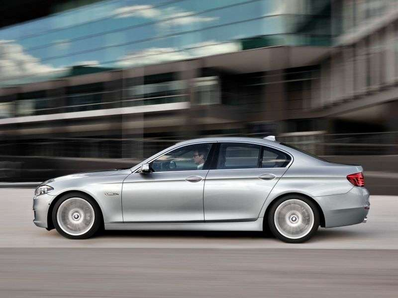 BMW 5 Series F10 / F11 [restyling] AT 528i Sedan (2013 – current century)