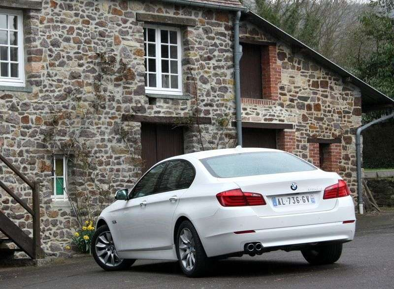 BMW 5 Series F10 / F11Sedan 528i xDrive AT (2012–2013)