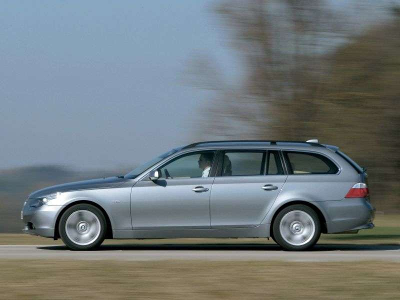 BMW 5 Series E60 / E61Touring Wagon 530i MT (2005–2007)