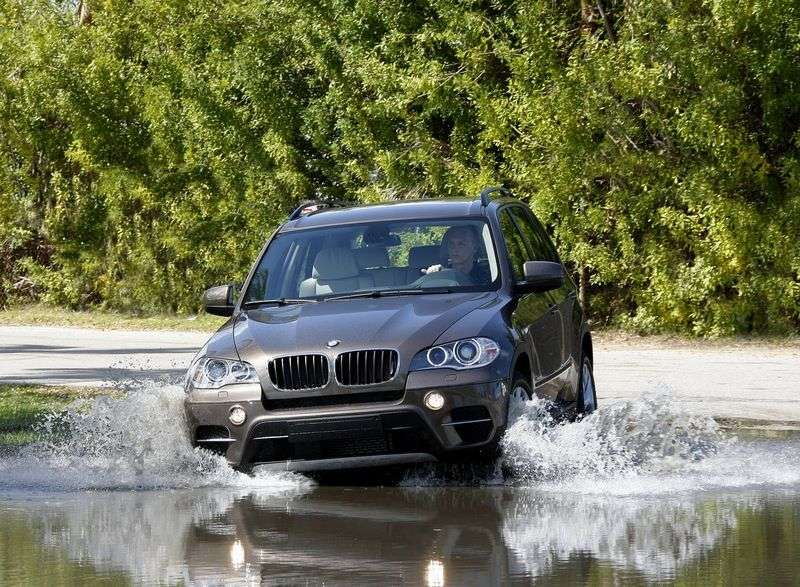 BMW X5 E70 [restyled] crossover xDrive40d AT Basic (2010 – current century)