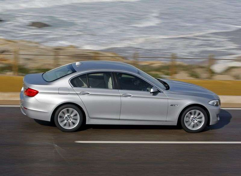 BMW 5 Series F10 / F11Sedan 535i xDrive AT (2012–2013)