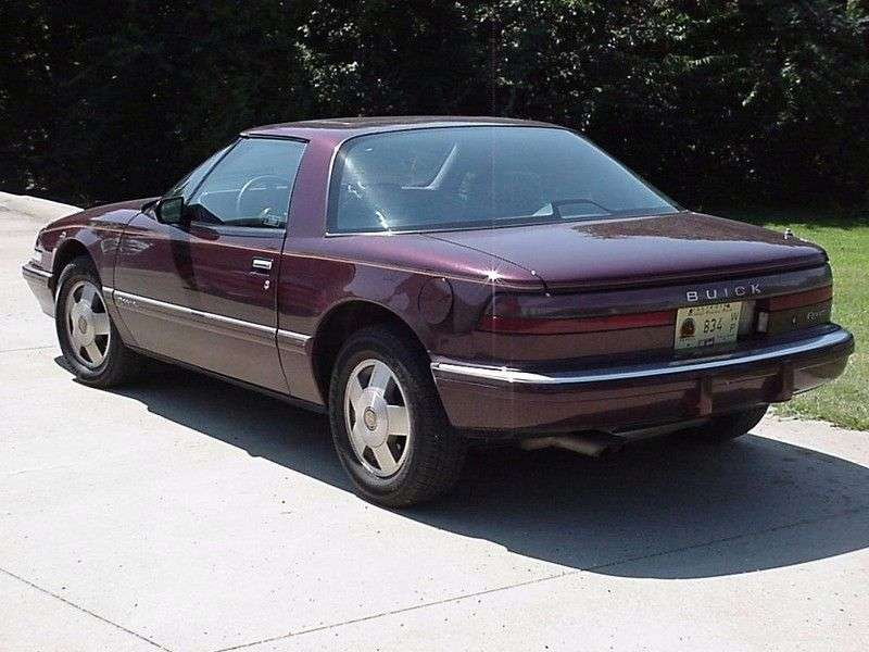 Buick Reatta 1st generation coupe 3.8 AT (1988–1991)