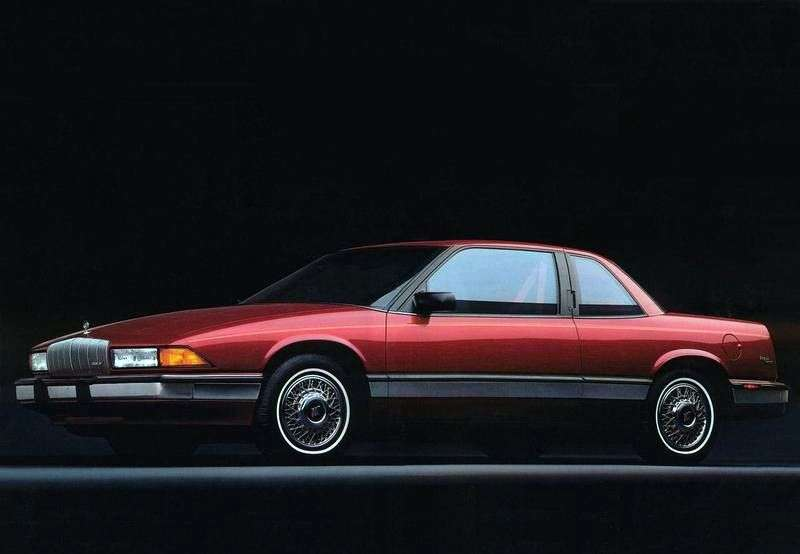 Buick Regal 3rd generation coupe 3.1 AT (1988–1996)