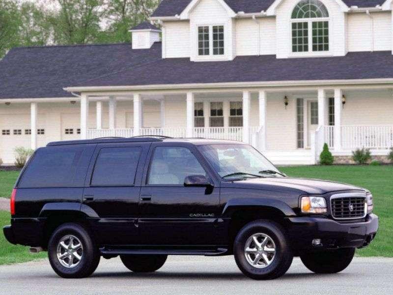 Cadillac Escalade SUV pierwszej generacji 5.7 AT (1998 2001)