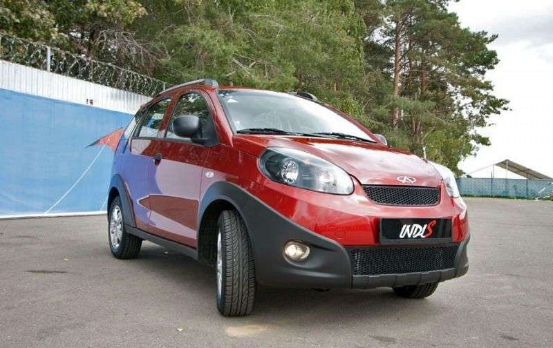 Chery IndiS 1st generation hatchback 1.3 MT Basic (2012) (2011 – n.)