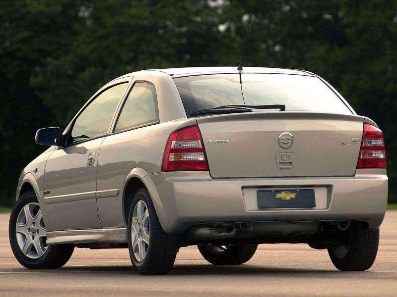 Chevrolet Astra 2nd generation [restyling] 3 bit hatchback 2.0 Flexpower AT (2003–2004)